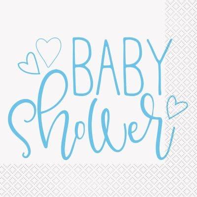 Vita servetter med ljusblå text Baby Shower. Servetter har lunchstorlek och kommer i ett paket med 16 stycken servetter.
