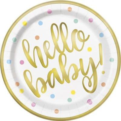 Könsneutrala baby shower tallrikar i vitt med prickar i pastell, guldig kant och texten hello baby i guld. Tallrikarna kommer i 8-pack, är tillverkade i papper och är 23 cm i diameter.