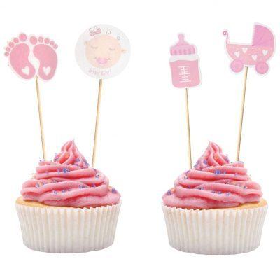 Baby Shower Partypicks i form av 12 st träpinnar som är dekorerade i rosa motiv som passar till Baby Shower så som små fötter, nappflaska och barnvagn. Perfekt som Baby Shower dekoration.
